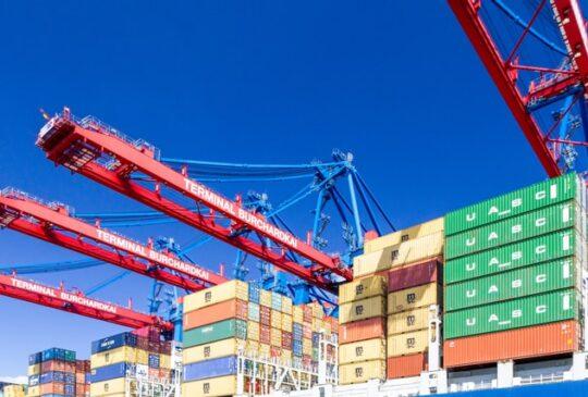 sea-freight-forwarding-2